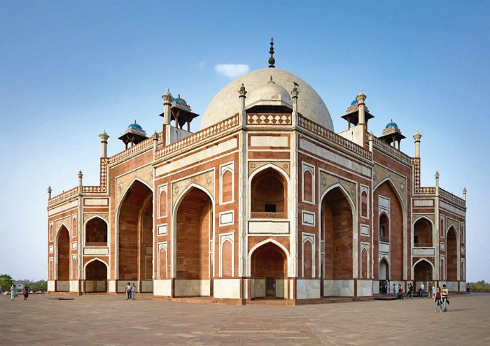 Perspective view of Humayun's tomb. Source: Aga Khan Trust for Culture